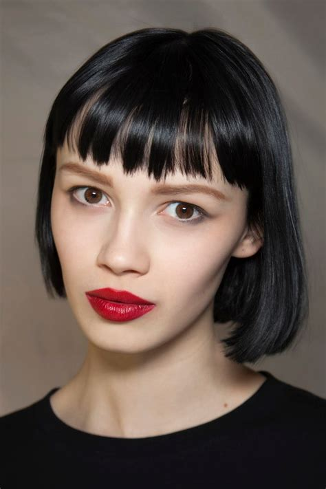 blunt chin length haircut diy serious bangs inspiration for your next haircut chin