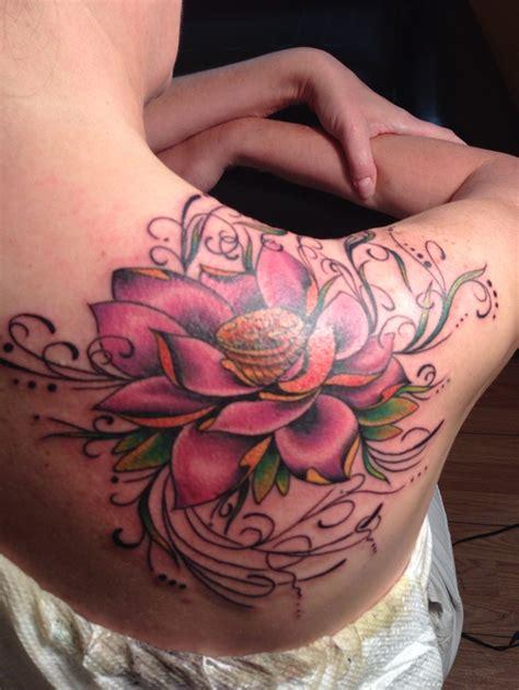 lotus flower shoulder tattoo 39 lotus tattoos on shoulder