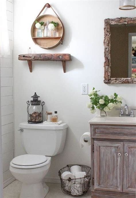 Diy Bathroom Paint Ideas by This Tiny Bathroom Was In Desperate Need Of Some Tlc