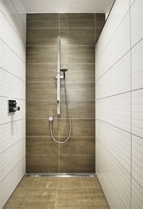 Dusche Fliesen Holzoptik by Bodengleiche Dusche Fliesen Holzoptik Badezimmer