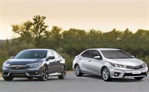 Honda Corolla Honda Civic 2017 Enfrenta O Toyota Corolla Comparativo