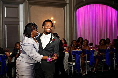 Groom Mother Dance   Travis dancing with his Mother at the