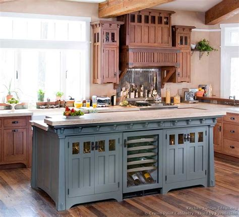 Idea For Kitchen Island Pictures Of Kitchens Traditional Two Tone Kitchen Cabinets Kitchen 127
