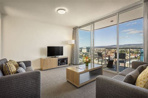 adelaide 3 bedroom apartments 2 bedroom serviced apartment at quest king william south