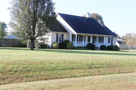 Houses For Rent In Mcleansville Nc 28 Images 5141 Hicone Rd Mcleansville Nc 27301