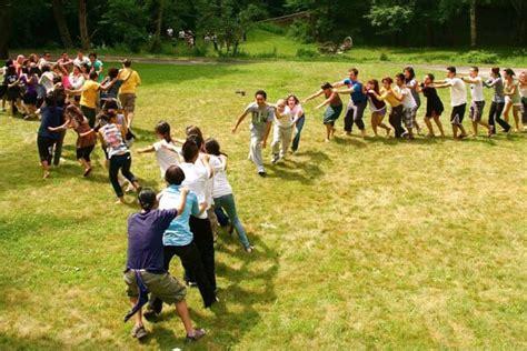 imagenes libres juego 15 divertidas actividades para hacer con ni 241 os al aire