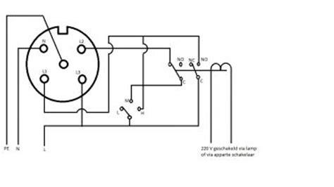 elektrisch afzuigsysteem badkamer controle van ventilator schakeling met relais via perilex