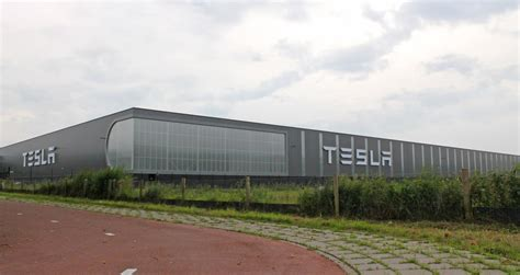 tesla factory tesla s new tilburg factory now open