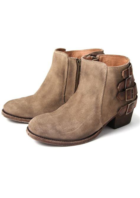 h by hudson encke suede ankle boot in beige