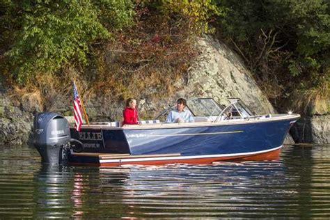 anchor boat overnight small boat anchoring boatus magazine