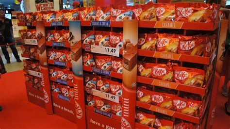 Kitkat Malaysia Cookies And nestl 233 launches brand new kitkat mini that is big on taste