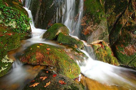 monte aloia nature park wallpaper monte aloia nature park cascadas del monte aloia waterfalls of mount aloia flickr
