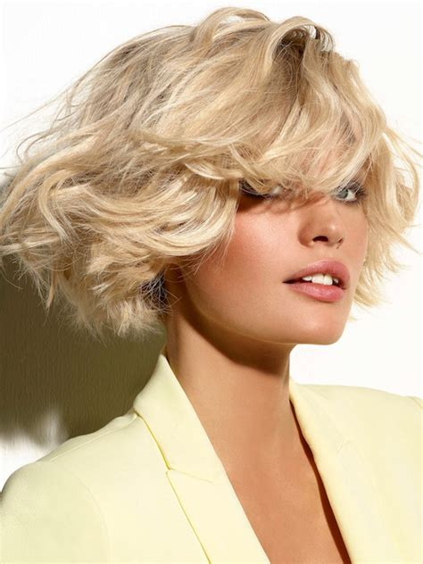 platinum blonde bob hairstyles pictures pictures platinum blonde highlights blonde bob