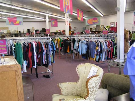 Closet Thrift Store by 191 Best Images About Own Berkeley On