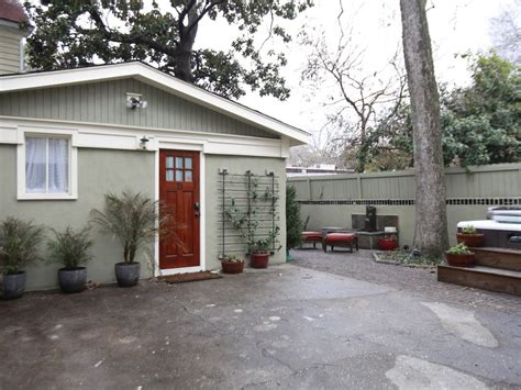 one bedroom apartments in charleston sc adorable downtown studio apartment with vrbo