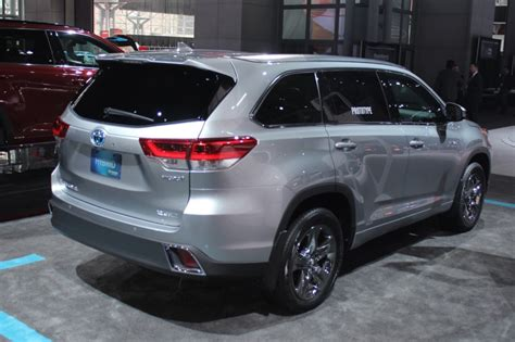 Toyota Highlander Redesign 2018 Toyota Highlander Le Plus V6 Price Upcomingcarshq