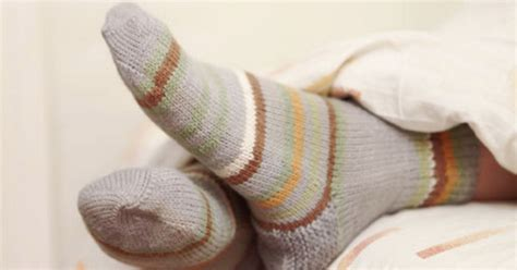 Wearing Socks To Bed by Sleep Sock Trick To Help You Fall Asleep Faster And Easier