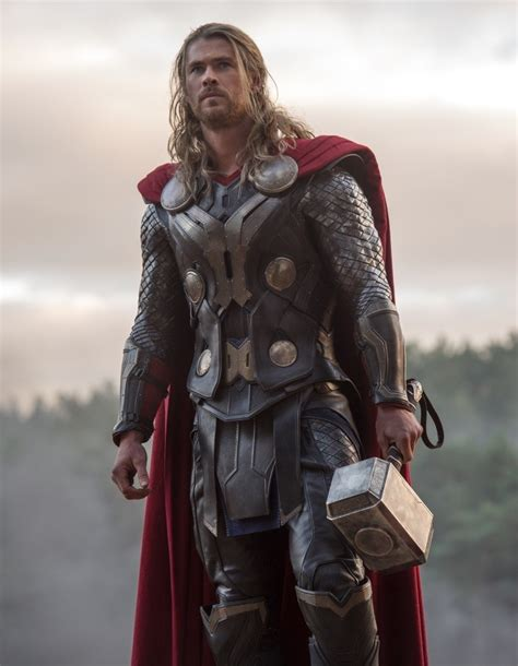 thor film photos comic con 2014 chris hemsworth would gladly play marvel s