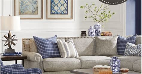 acceptance now rooms to go visit rooms to go now during our fall clearance sales event and save on our amazing collections