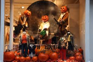 Pumpkin Topiary Ideas - pumpkin heads amp broomsticks ralph lauren halloween window display 2009 best window displays