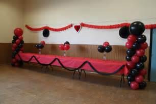 decoration de salle a leyment pour un anniversaire