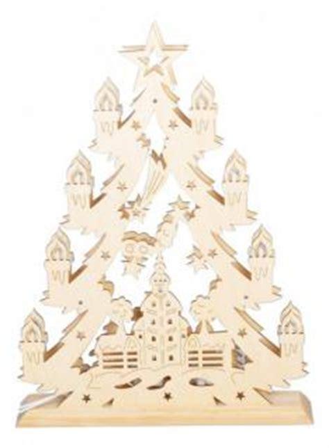 Leuchtende Fensterdekoration Weihnachten by Tanne Holz Deko G 252 Nstig Sicher Kaufen Bei Yatego