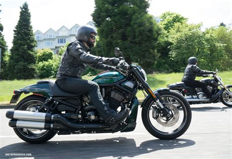 Harley Davidson V Rod Rod Special by Harley Davidson V Rod Rod Special 2015 Fiche Technique