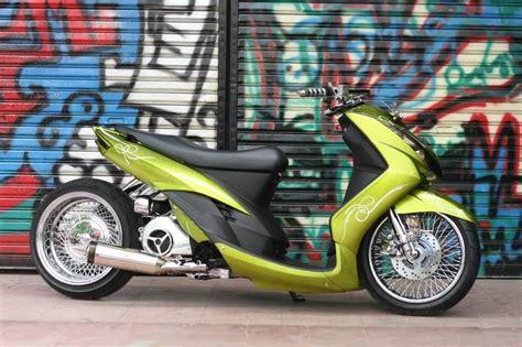 Modifikasi Motor Matic Lowrider by Modifikasi Motor Matic Mio Soul Modifikasi Low Rider