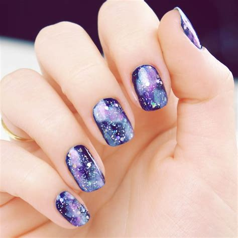 tutorial nail art galaxy 50 gorgeous galaxy nail art designs and tutorials noted list