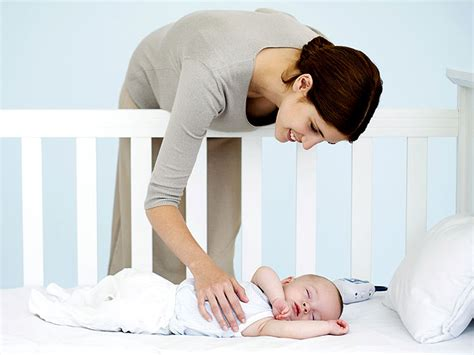 Ways To Help Baby Sleep In Crib Author Helen Moon S Baby Care Tips