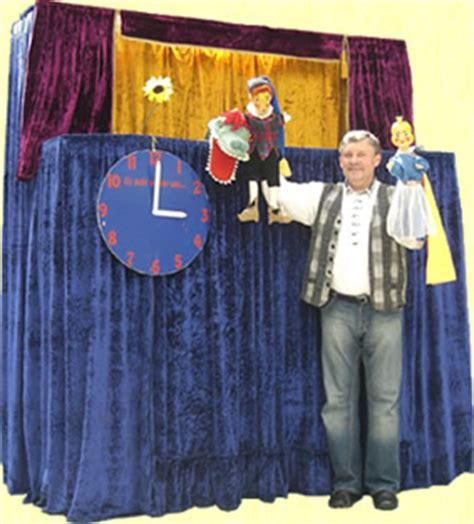 puppentheater vorhang harlekin handpuppentheater professionelles puppentheater