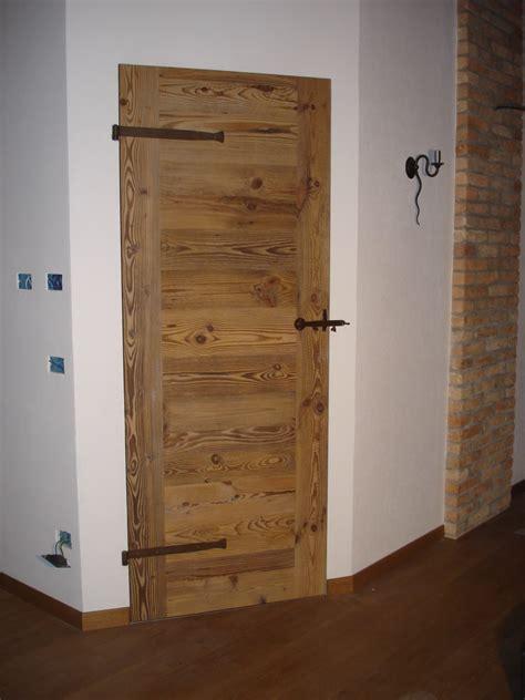 cornici per porte interne in legno porte in legno a filo muro il noce srl