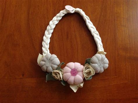collane con fiori di stoffa collana con fiori di stoffa gioielli collane di