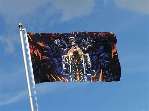 Motorrad Kaufen Ecuador by Totenkopf Motorrad Flagge Fahne Im Fahnen Shop Kaufen