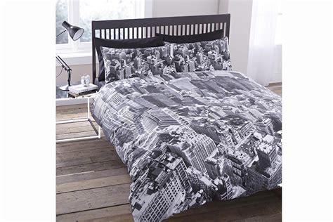New York Duvet Cover by New York Duvet Cover Pillowcase Set Direct Linen