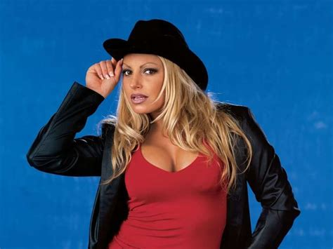 trish stratus mobile number trish stratus teases appearance in women s royal rumble