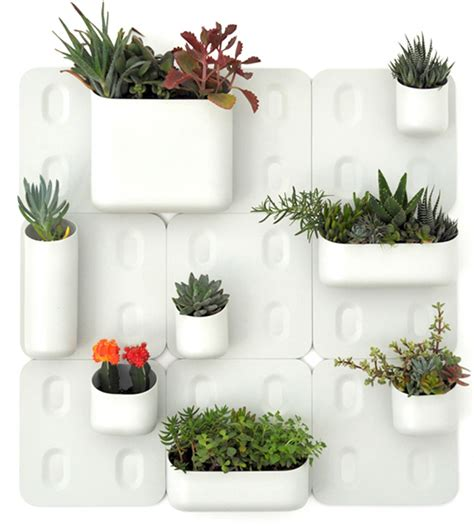 Urbio Wall Planter by Modular Vertical Garden Brings Green To Walls