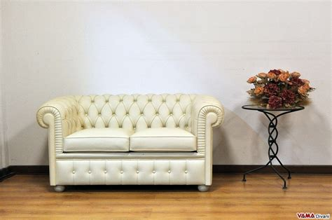 Smaller Chesterfield Sofa Chesterino Small Chesterfield Sofas