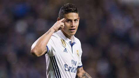 imagenes real madrid james james clings on to real madrid future as com