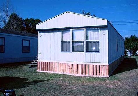 house skirting ideas 4 types of mobile home skirting mobile homes ideas