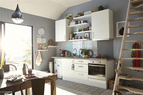 cuisine am駭ag馥 petit espace petites cuisines leroy merlin c 244 t 233 maison