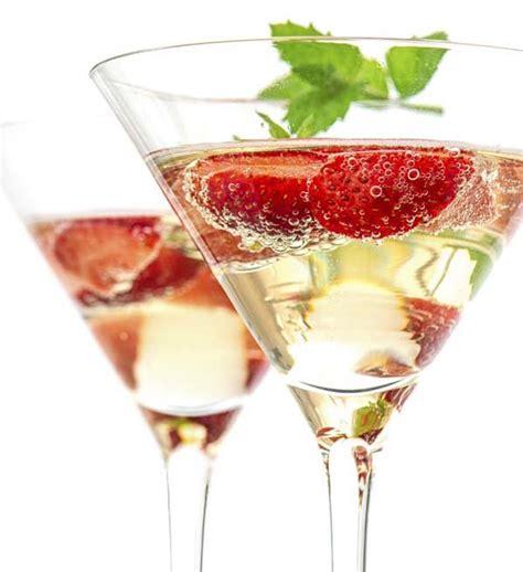 10 cocktails rock your reception easy weddings uk
