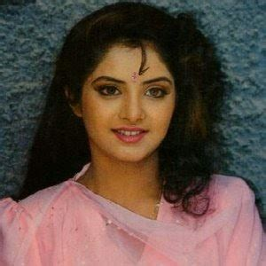 actress divya bharti songs bollywood actresses divya bharti