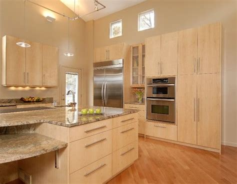 kitchens with light maple cabinets kitchen light maple cabinets wood species maple