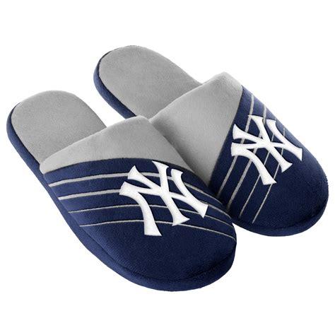 ny yankees slippers mlb s new york yankees navy gray slippers
