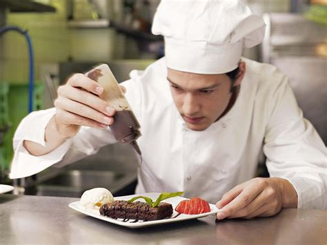 what is a chef de cuisine kitchen chef executive chef and more