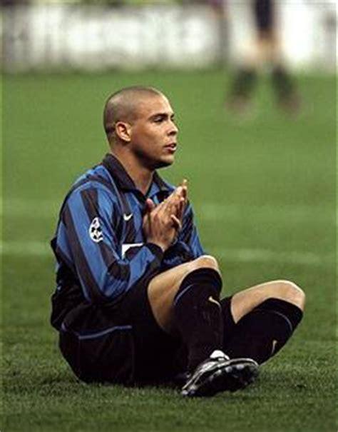 ronaldo juventus 1998 juventus inter 26 aprile 1998 14 anni fa il fallo di iuliano su ronaldo