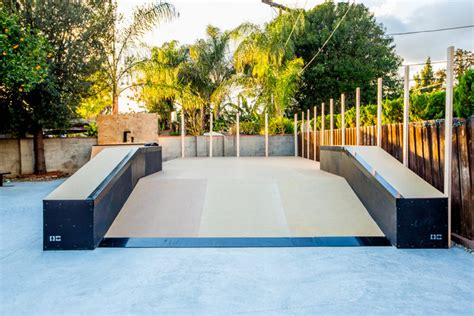 how to build a backyard skatepark custom backyard skatepark for kelvin hoefler oc rs