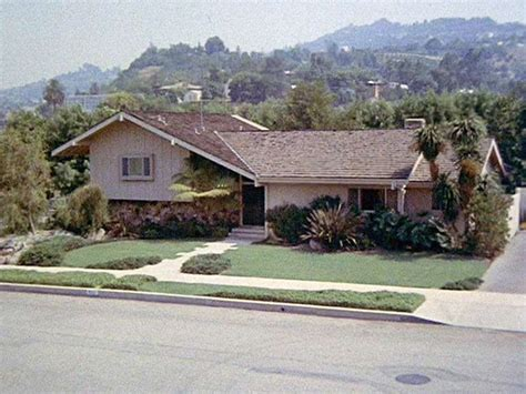 brady bunch house plans what s a split level house a home for the brady bunch