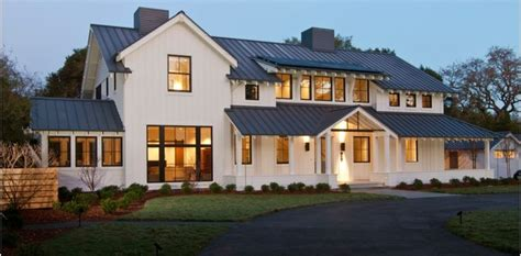 modern farm house modern farmhouse houses and floor plans pinterest